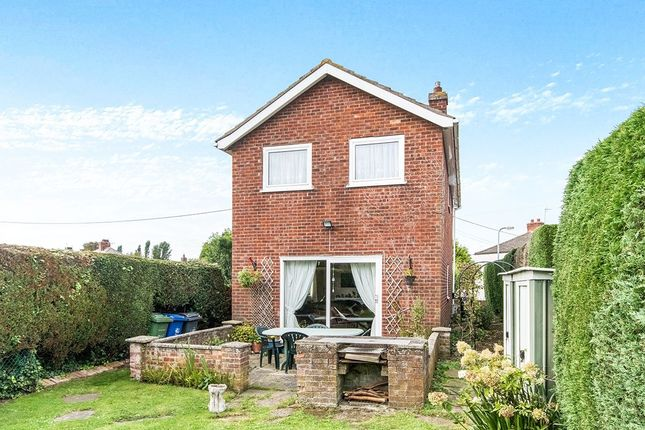 Thumbnail Detached house for sale in Wragby Road, Bardney, Lincoln