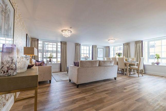 2 bedroom flat for sale in Monaveen House, Poundbury