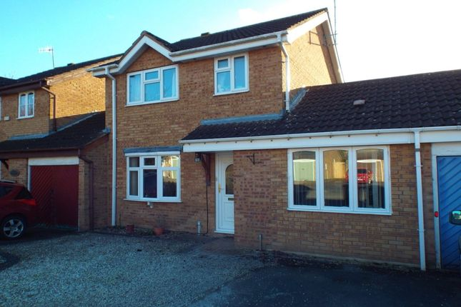 3 bed property for sale in Falkland Road, Evesham