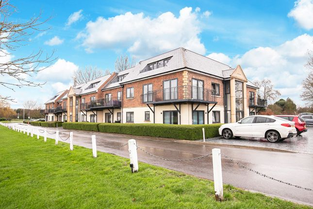 Thumbnail Flat for sale in Woolston Manor, Abridge Road, Chigwell, Essex