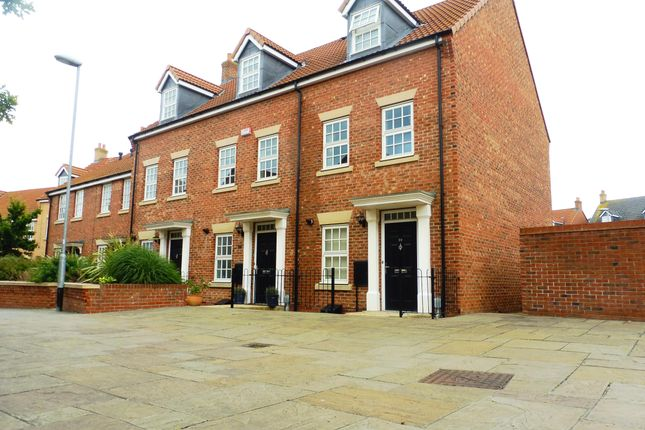 Thumbnail Terraced house to rent in Dickinson Walk, Beverley