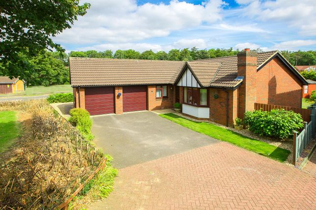 Thumbnail Detached bungalow for sale in Weaver Close, Kettering
