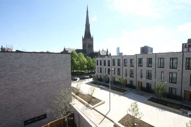 Picture No. 15 of St Philips Square, Timekeepers Square, Salford, Greater Manchester M3