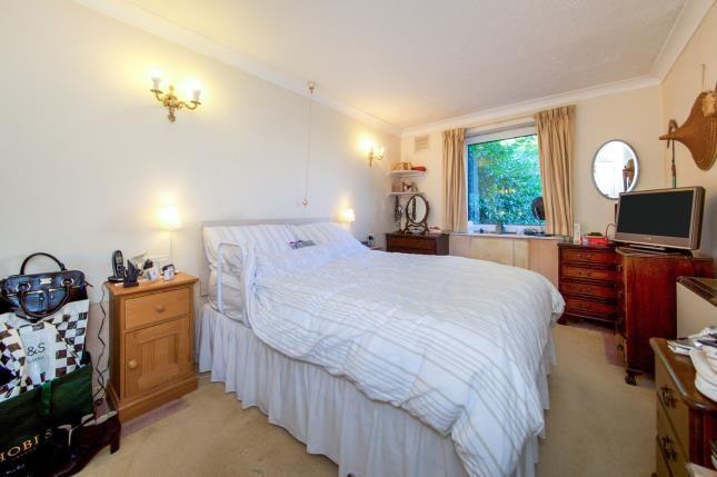 Bedroom 1 of Homan Court, 17 Friern Watch Avenue, London N12