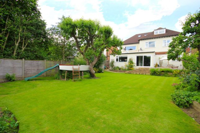 Thumbnail Detached house for sale in Berkshire Road, Henley On Thames