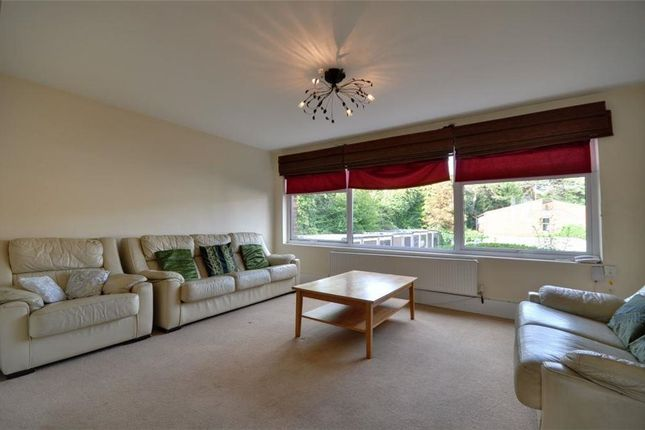 Thumbnail Flat To Rent In Charlwood Close Harrow Weald Middlesex