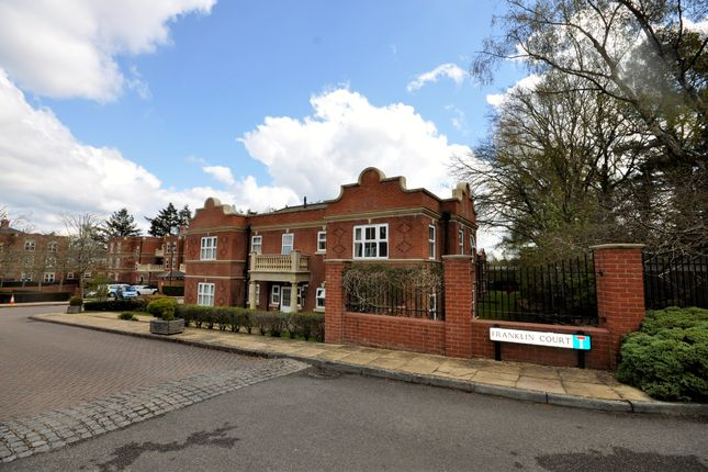 1 bed flat for sale in Franklin Court, Wormley, Godalming GU8