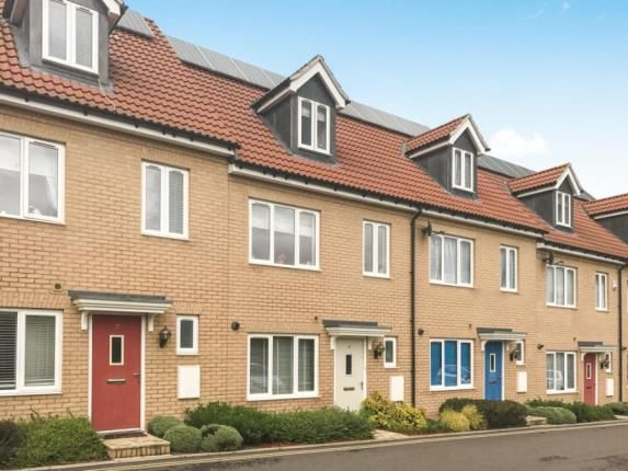 Thumbnail Terraced house for sale in Thomas Way, Braintree