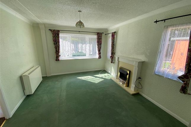 Lounge of Harvel Road, Meopham, Kent DA13