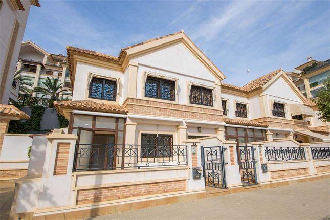 3 bed town house for sale in Guardamar Del Segura, Alicante, Spain