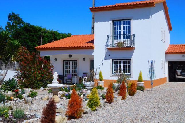 3 bed semi-detached house for sale in Olho Marinho, Olho Marinho, Óbidos