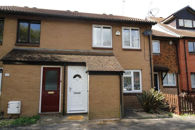 Thumbnail Maisonette to rent in Helmsdale Close, Hayes, Middlesex