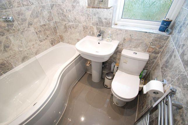 Bathroom of Hawthorn Avenue, South Shields NE34