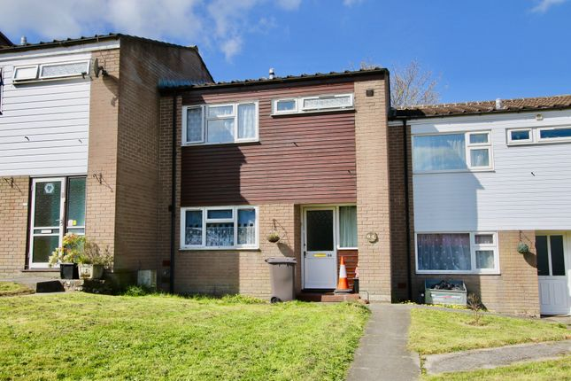 3 bed terraced house to rent in Hillside Park, Bodmin