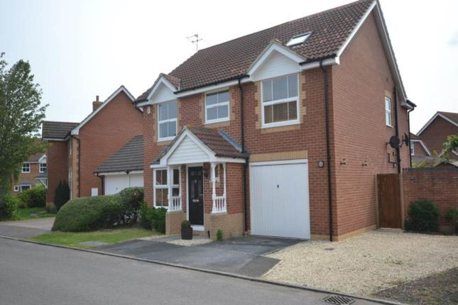 4 bed detached house to rent in Itchen Court, Didcot, Oxfordshire