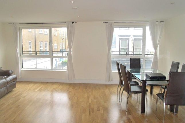 Thumbnail Flat to rent in Hare Marsh, Shoreditch
