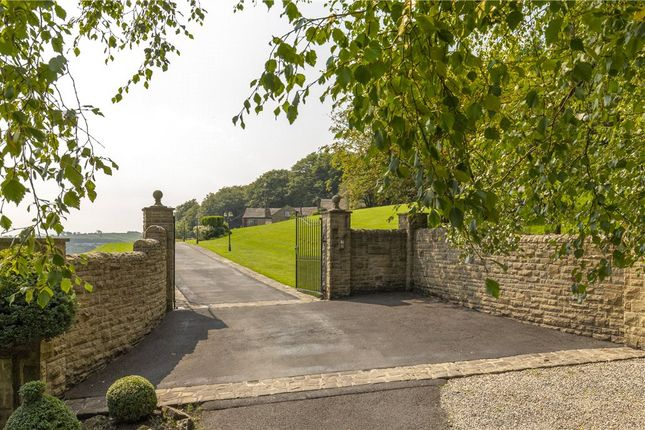Gated Access of Blacko Bar Road, Roughlee, Nelson BB9