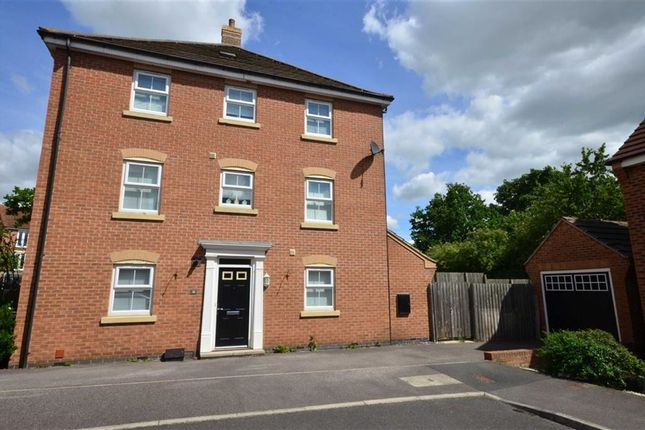 4 bed end terrace house for sale in Ebberton Close, Hemsworth, Pontefract