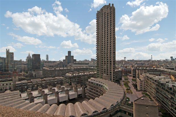 Thumbnail Flat for sale in Barbican, London
