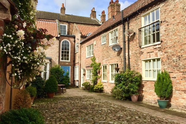 Thumbnail Cottage to rent in Bannister Court, Back Lane, Easingwold