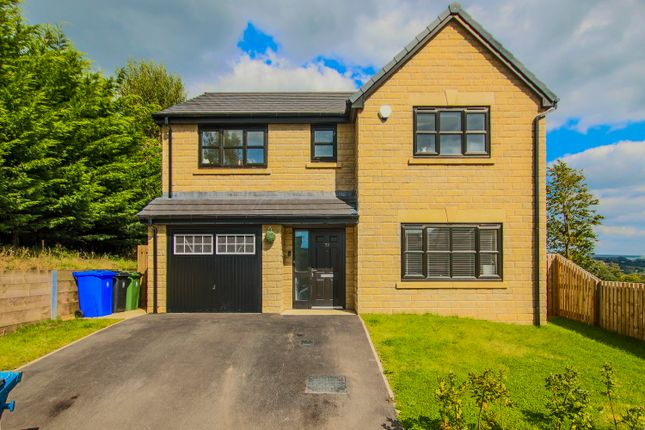 Thumbnail Detached house to rent in Oaklands Drive, Rawtenstall, Rossendale