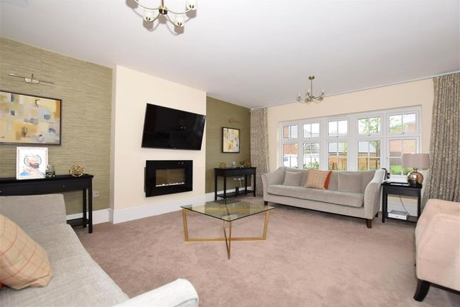 Lounge of Quarry Road, Ryarsh, West Malling, Kent ME19