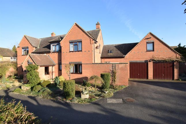 Thumbnail Detached house for sale in Oxhill Road, Tysoe, Warwick
