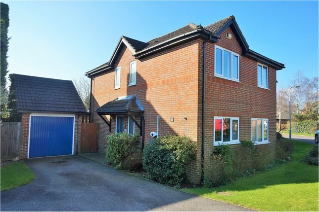 4 bed detached house to rent in Tweedale Close, Mursley MK17