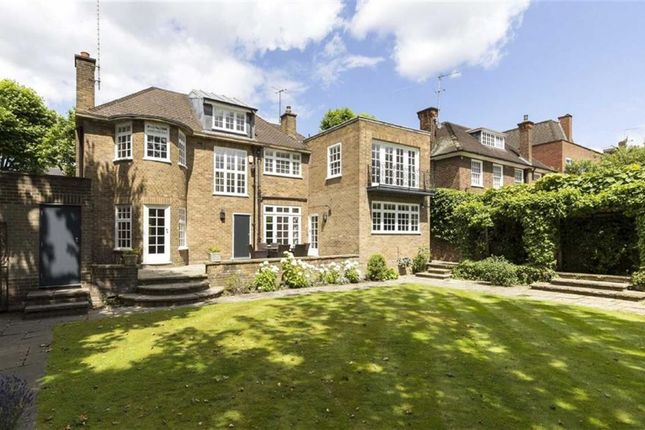 Thumbnail Property to rent in Springfield Road, St John's Wood, London
