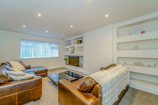 Thumbnail Flat to rent in Ainsdale Avenue, Salford