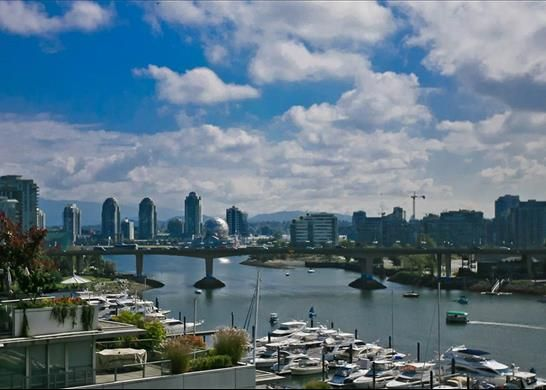 Thumbnail Apartment for sale in Marinaside Crescent, Vancouver, Bc V6Z, Canada