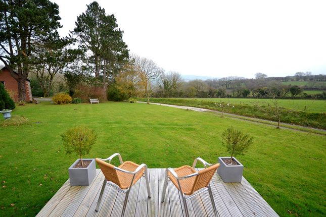 Cabin Decking Gardens And Views