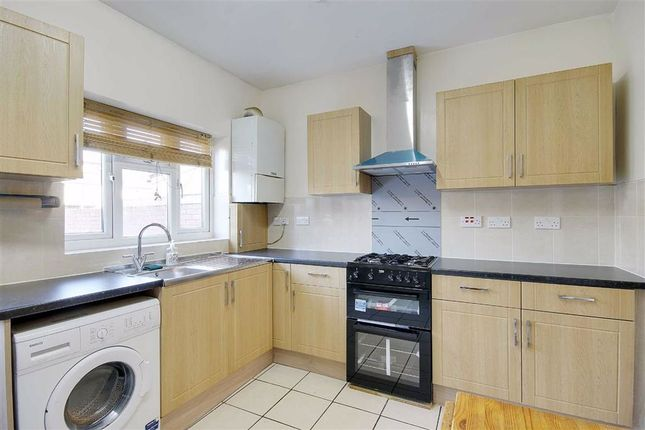 Thumbnail Property to rent in Eighth Avenue, London