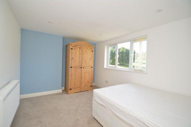 Thumbnail Flat to rent in Heyford Avenue, Bristol
