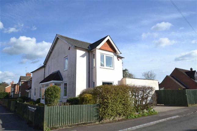 Thumbnail Detached house for sale in Falkland Road, Newbury, Berkshire