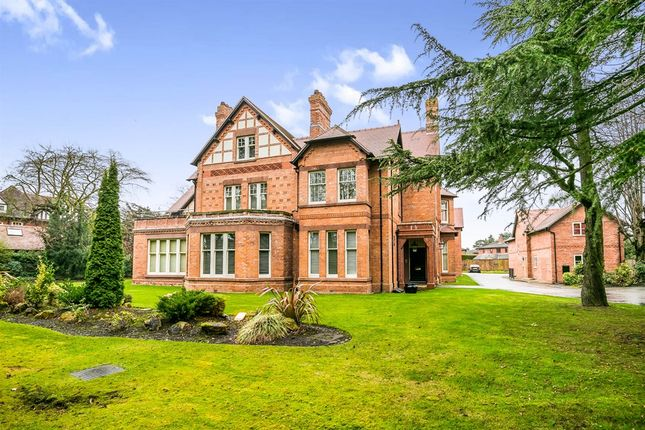Thumbnail Flat for sale in Curzon Park South, Chester