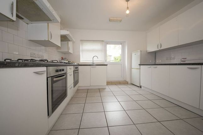 Thumbnail Flat to rent in Alston Road, London