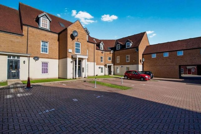 Thumbnail Flat for sale in Hazel Covert, Thetford