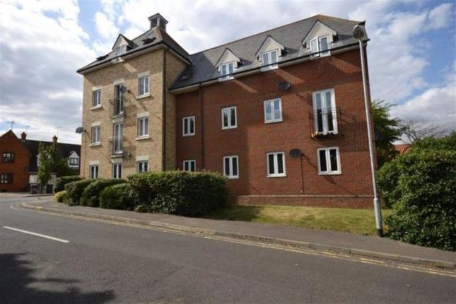 Thumbnail Flat for sale in Gandalfs Ride, South Woodham Ferrers, Chelmsford