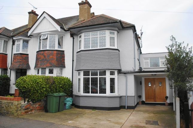 Thumbnail Property for sale in Park Road, Leigh On Sea, Essex