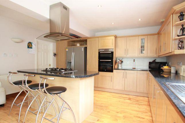 Kitchen of Clydeview, Bothwell, Glasgow G71