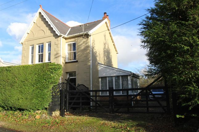 3 bed detached house for sale in Cwmfferws Road, Tycroes, Ammanford SA18