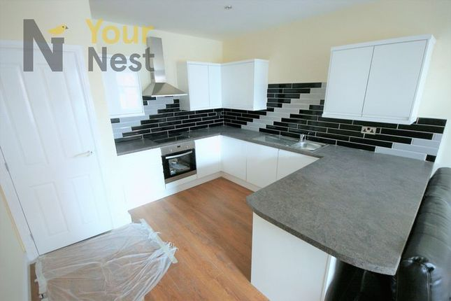 Thumbnail Flat to rent in Luxury Apartment - St Pauls Street, Leeds