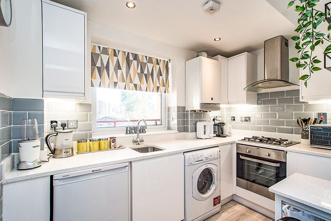 Kitchen of Manila House, Sealy Way, Apsley, Hemel Hempstead, Hertfordshire HP3