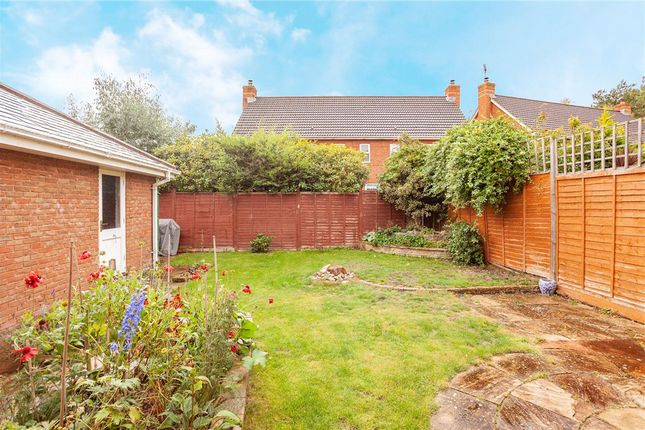 Garden of Tunworth Close, Fleet GU51