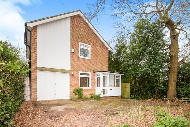 4 bed detached house for sale in Hoads Wood Road, Hastings