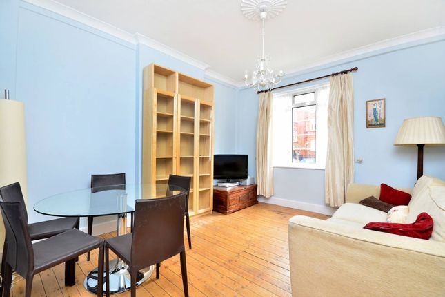 Thumbnail Flat for sale in Hamlet Gardens, Hammersmith