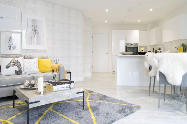 Thumbnail Flat for sale in Emerald Road, London