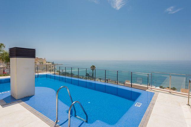 Apartment for sale in New Golden Mile, Estepona, Malaga Estepona