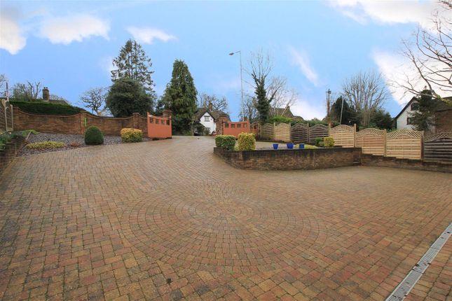 Driveway of London Road, Hemel Hempstead HP1